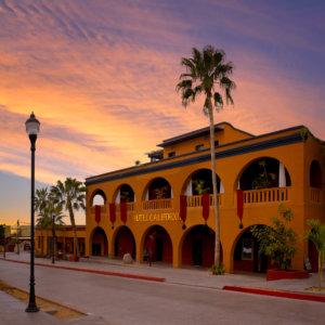 Todos Santos, Hotel California