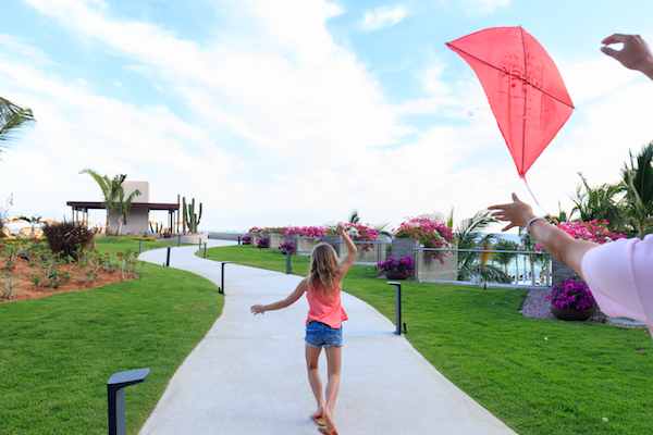 Flying kites Grand Velas