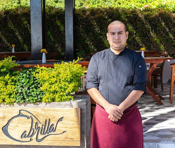 chef Ignacio Ramos del restaurante Cabrilla del resort de lujo Grand Velas Los Cabos en Cabo San Lucas y San José del Cabo