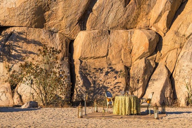Experiencia Surf and Turf de Grand Velas Los Cabos con cocina gourmet y actividades por el desierto y el Mar de Cortés