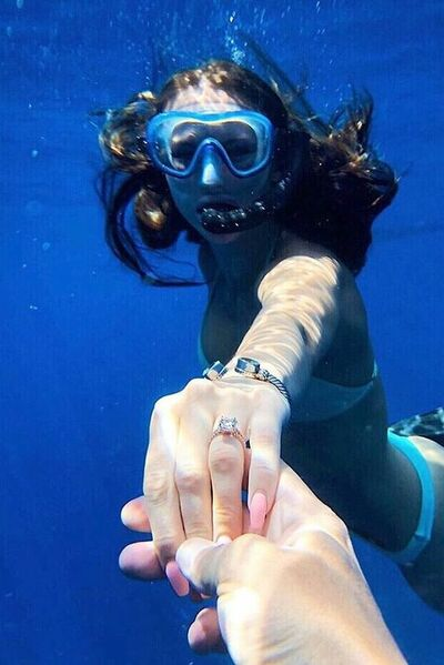 Under-water-marriage-proposal-in-Los-Cabos