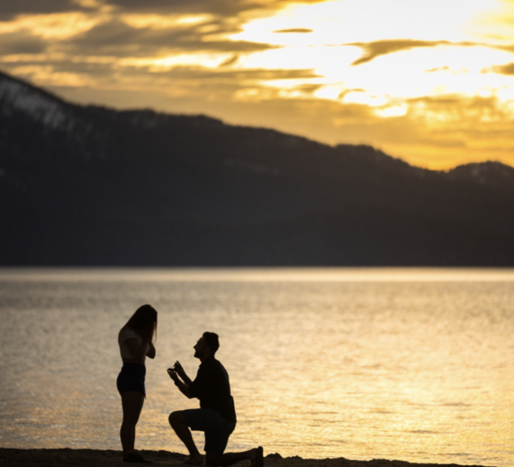 Sunset-proposal-in-Los-Cabos