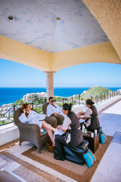 Marriage-proposal-with-Spa-treatment-in-Los-Cabos